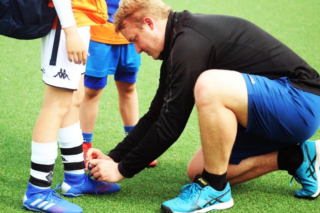 Ralph-Tyborski-mit-Fußballspieler